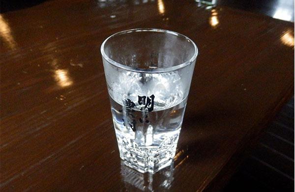 明るい農村 グラス